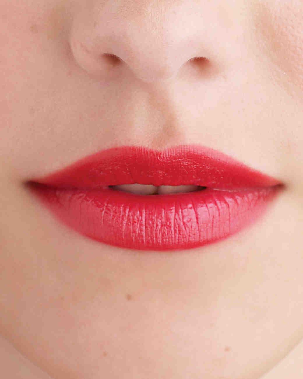 mwd104252_win09_lips03_005.jpg