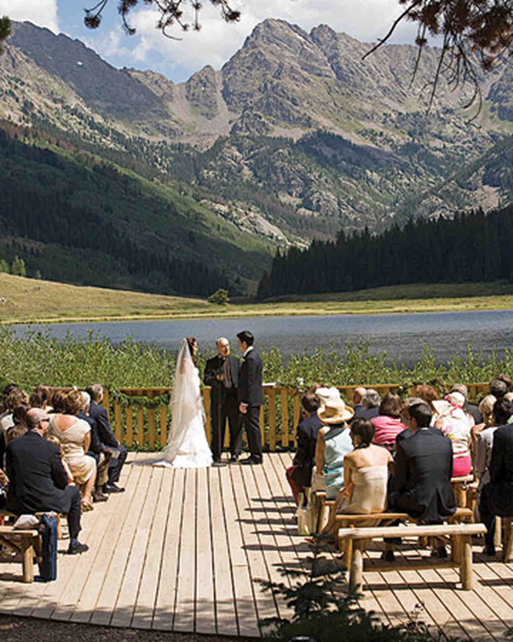 A formal green colored outdoor wedding in colorado martha the vows junglespirit Image collections