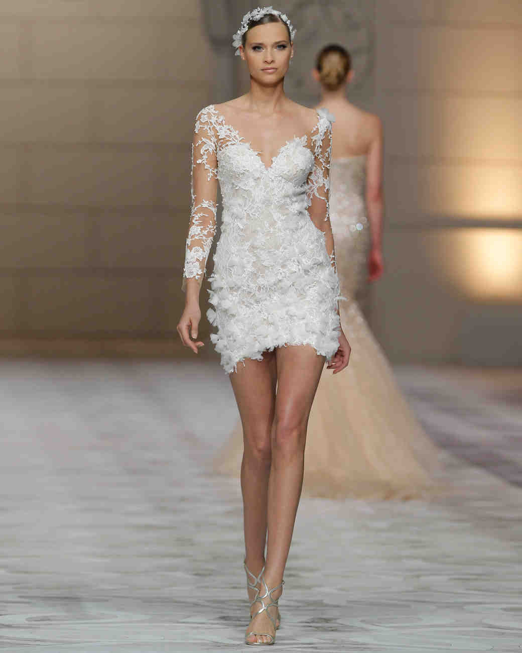 pronovias-alt-fall2015-009.jpg