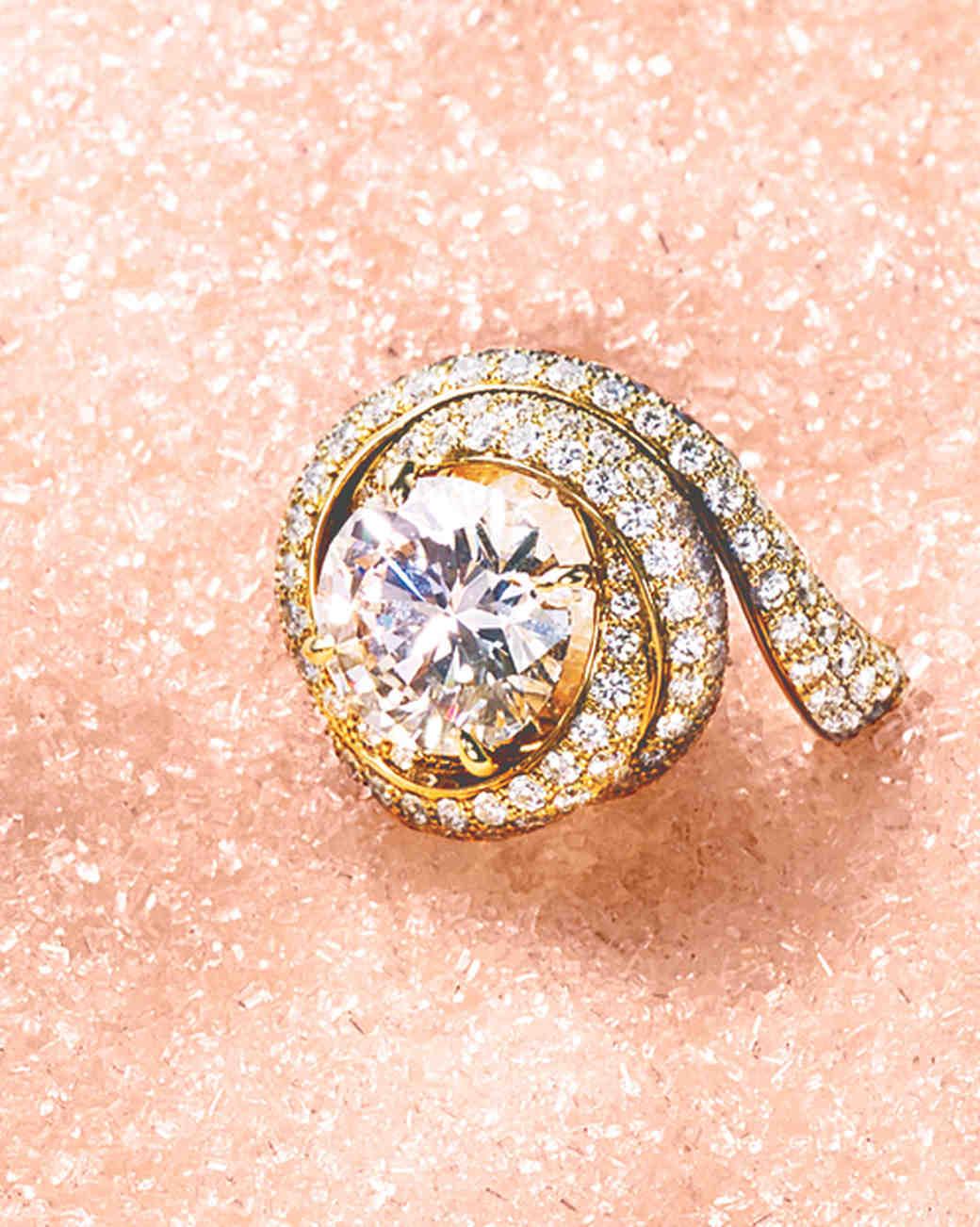 winter-engagement-rings-05.jpg