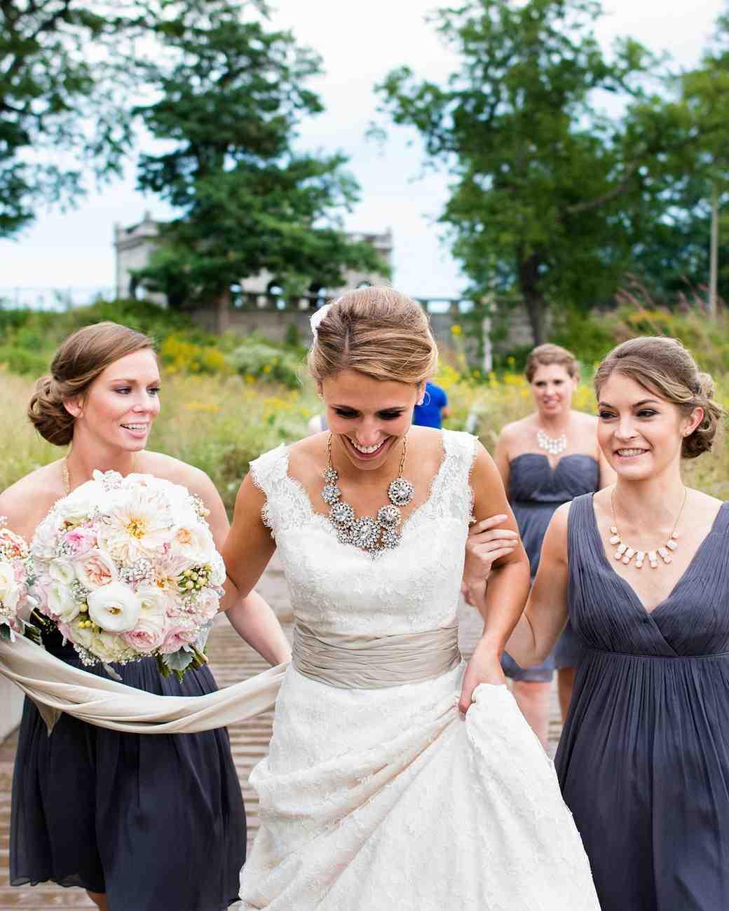 bridal-party-candids-4-0416.jpg