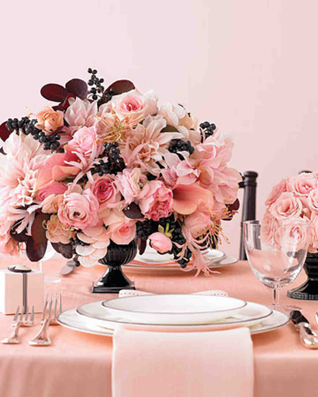 Wedding Colors: Cameo and Black | Martha Stewart Weddings