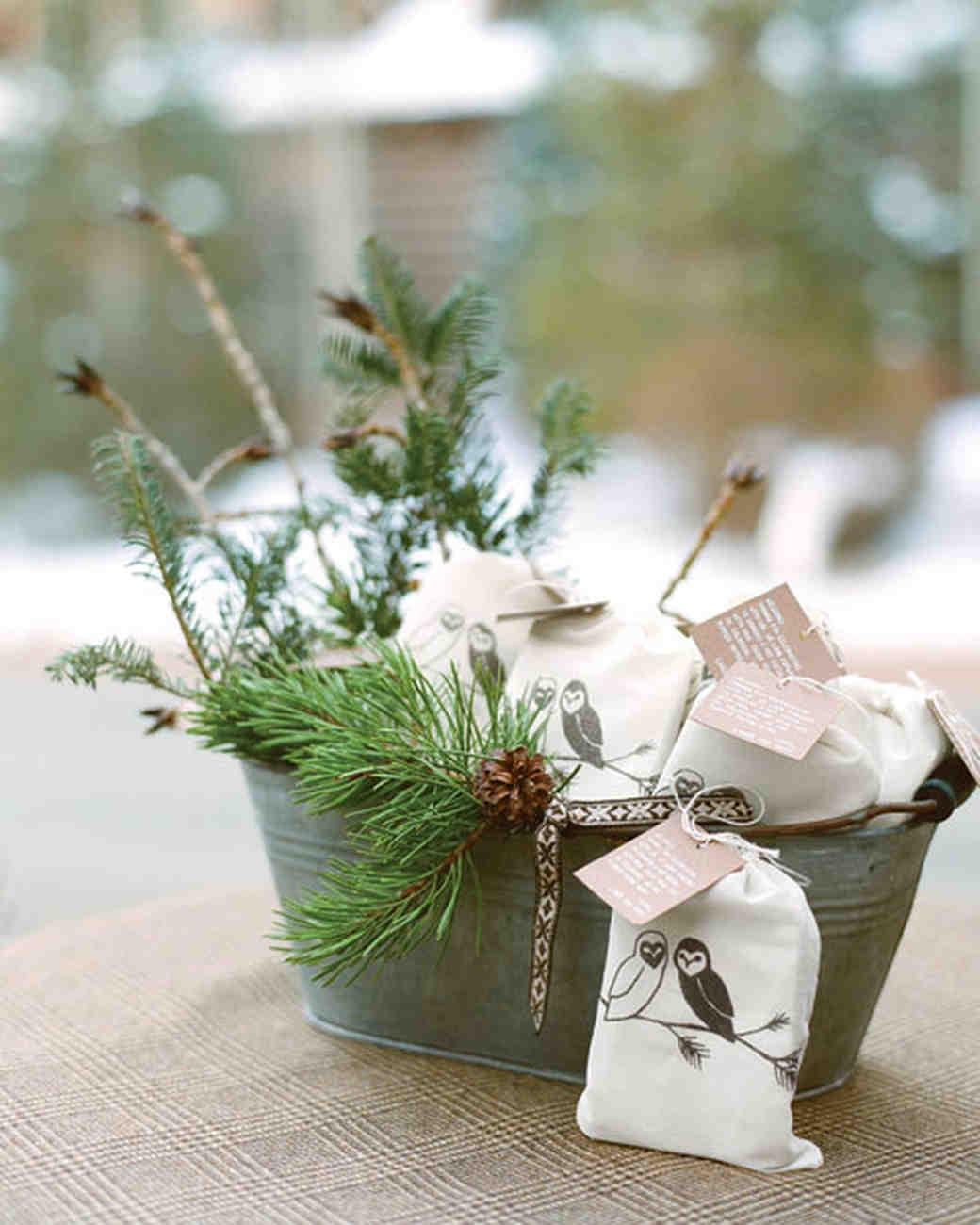 Destination Wedding Gift Ideas: A Rustic Winter Destination Wedding In Colorado