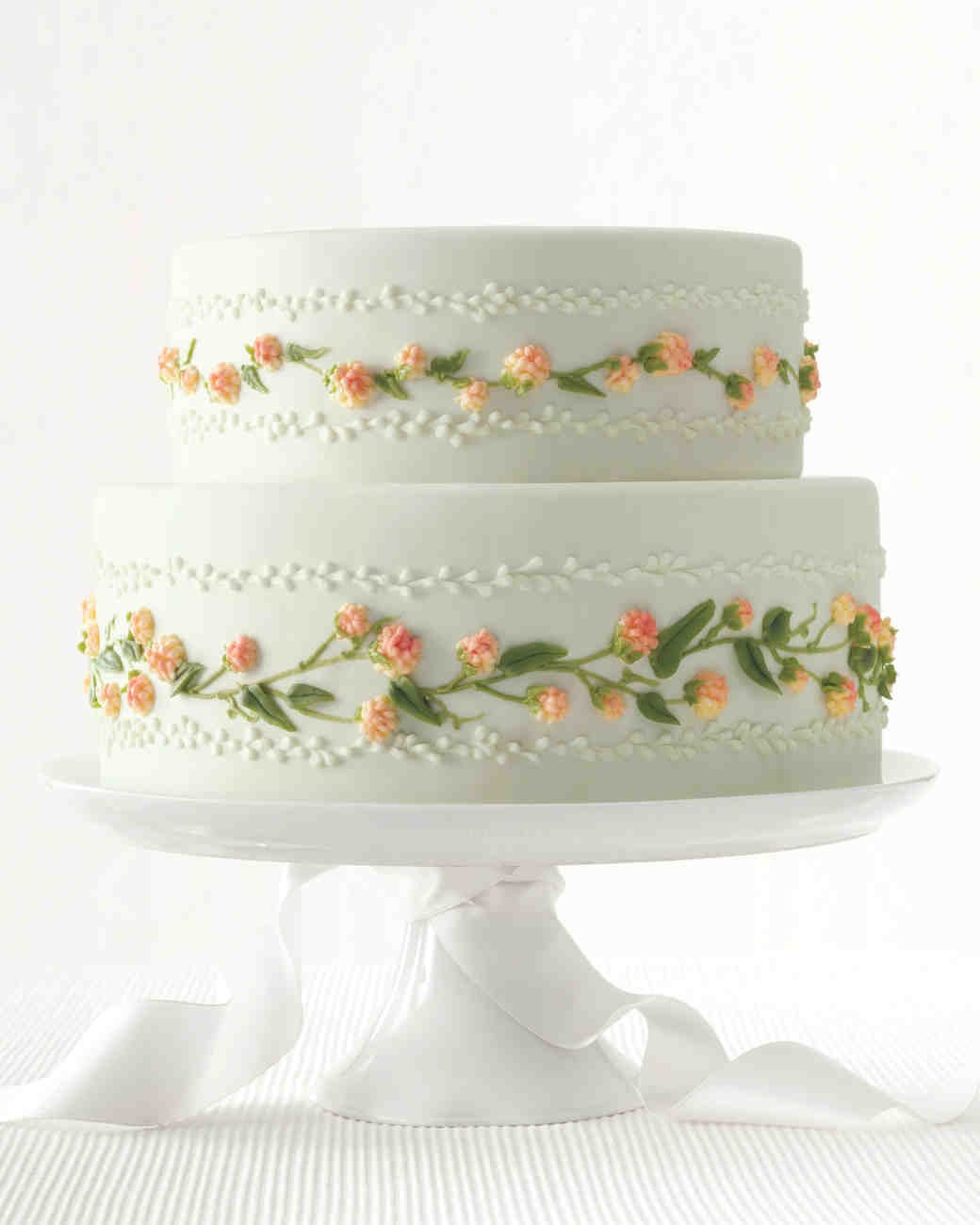 martha stewart wedding cakes pictures new takes on traditional wedding cake flavors martha 17208