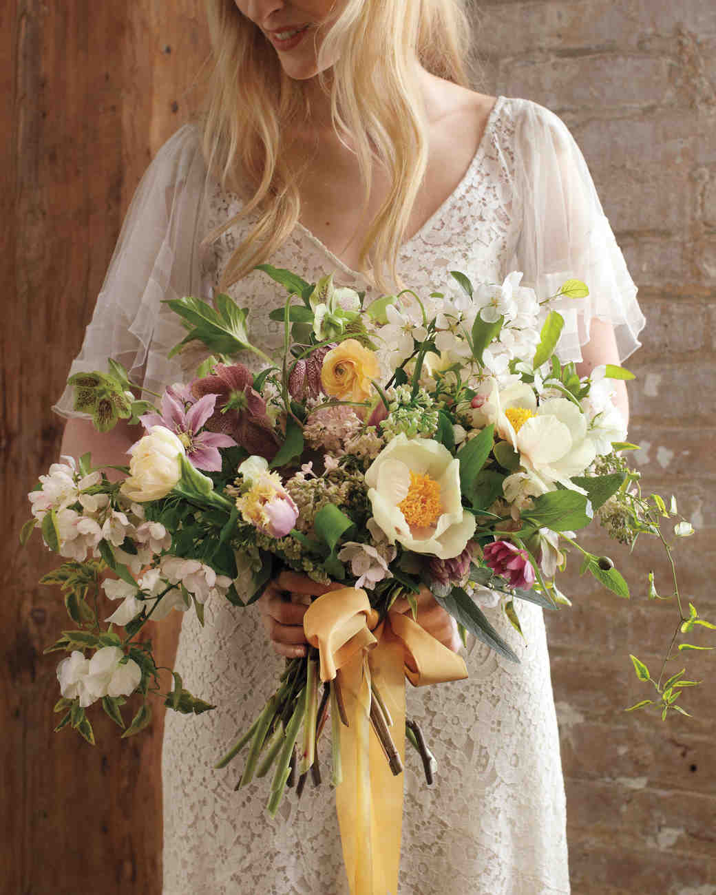 Ideas For Wedding Flower Arrangements: Spring Wedding Flower Ideas From The Industry's Best