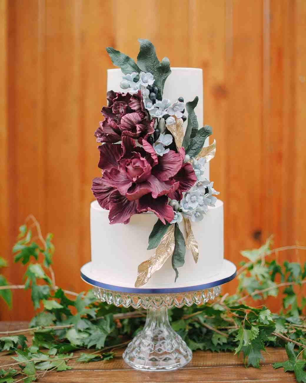 45 Wedding Cakes With Sugar Flowers That Look Stunningly: 50 Beautiful Wedding Cakes That Are (Almost!) Too Pretty