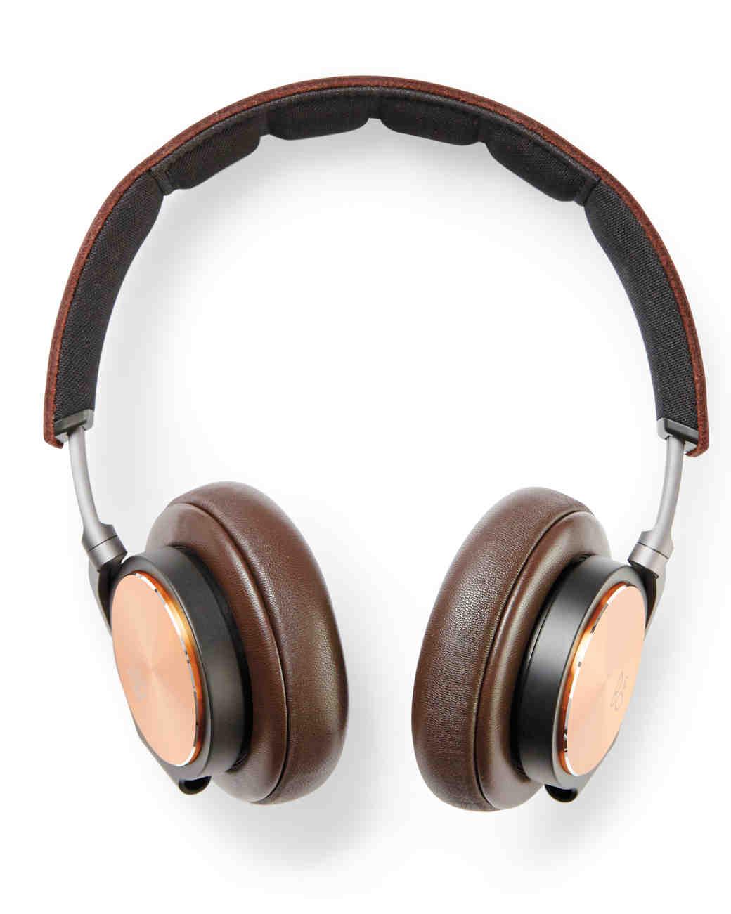 headphones-brown-031-d111574.jpg