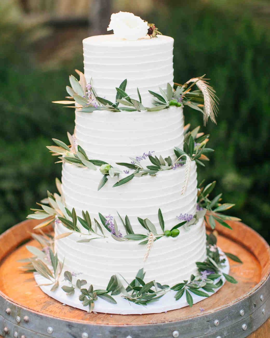 small casual wedding cakes 30 rustic wedding cakes we re loving martha stewart weddings 20207