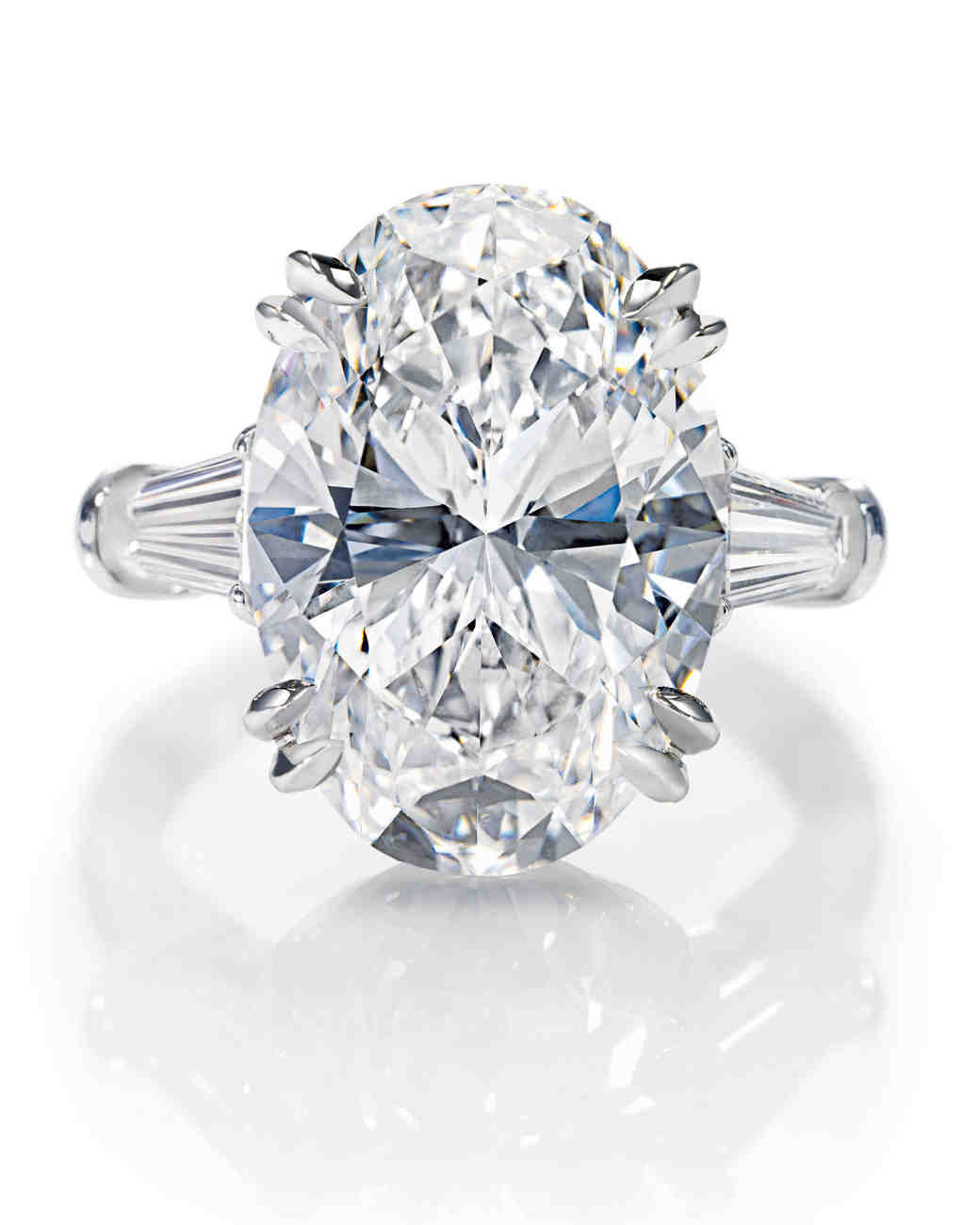 Diamond Ring Basics Cut Clarity Color and Carat Martha Stewart