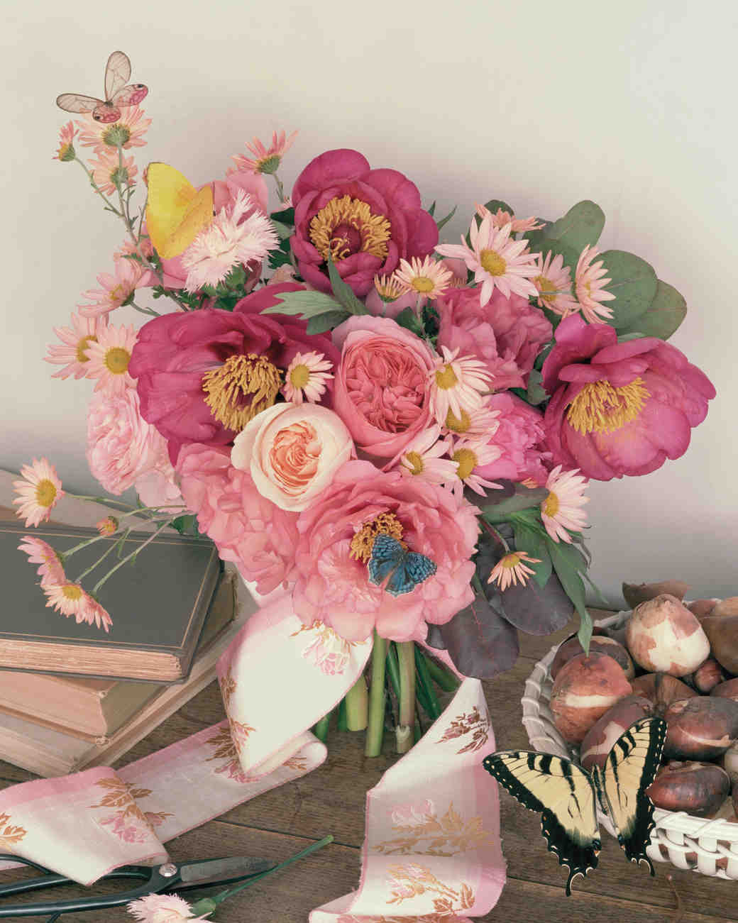 pink-bouquets-mwd108097-0115.jpg