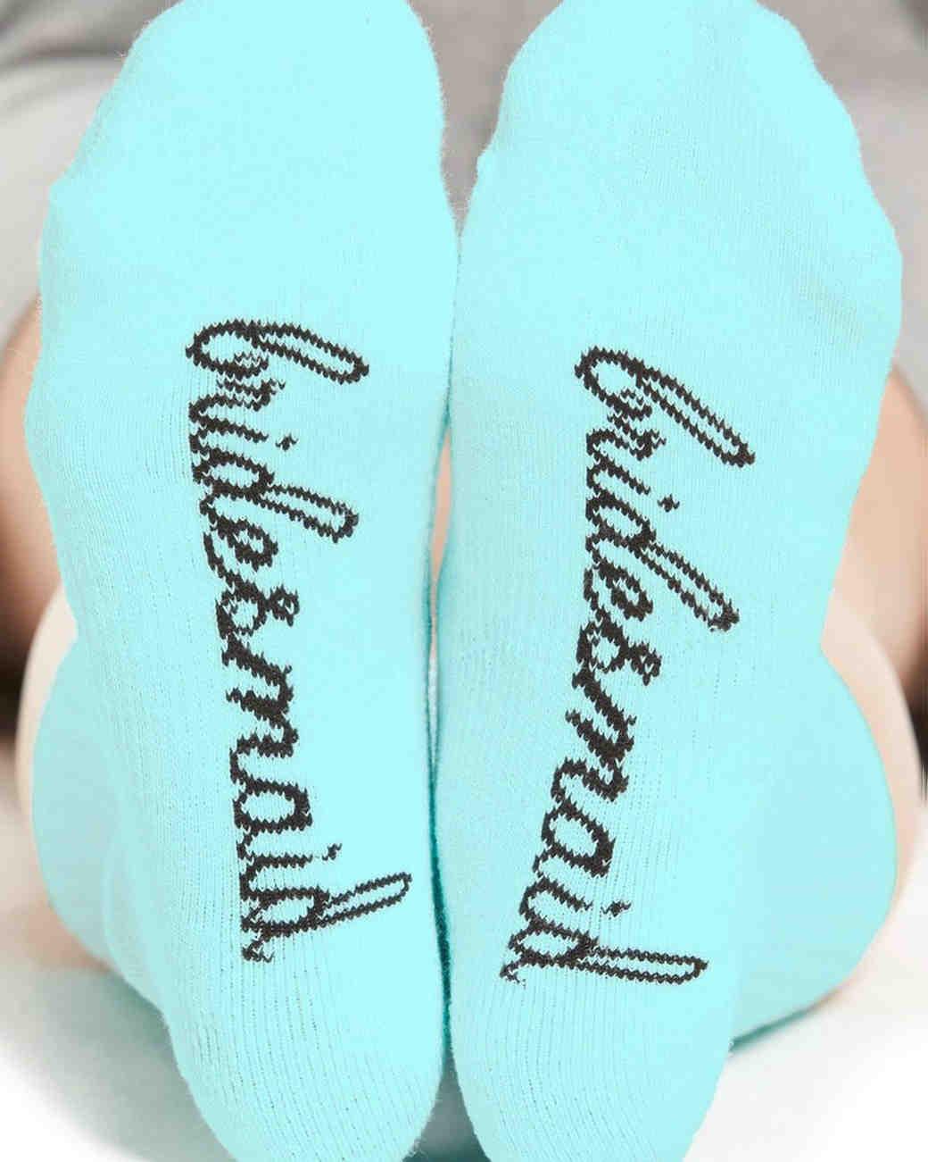 robe-alternatives-socks-0716.jpg