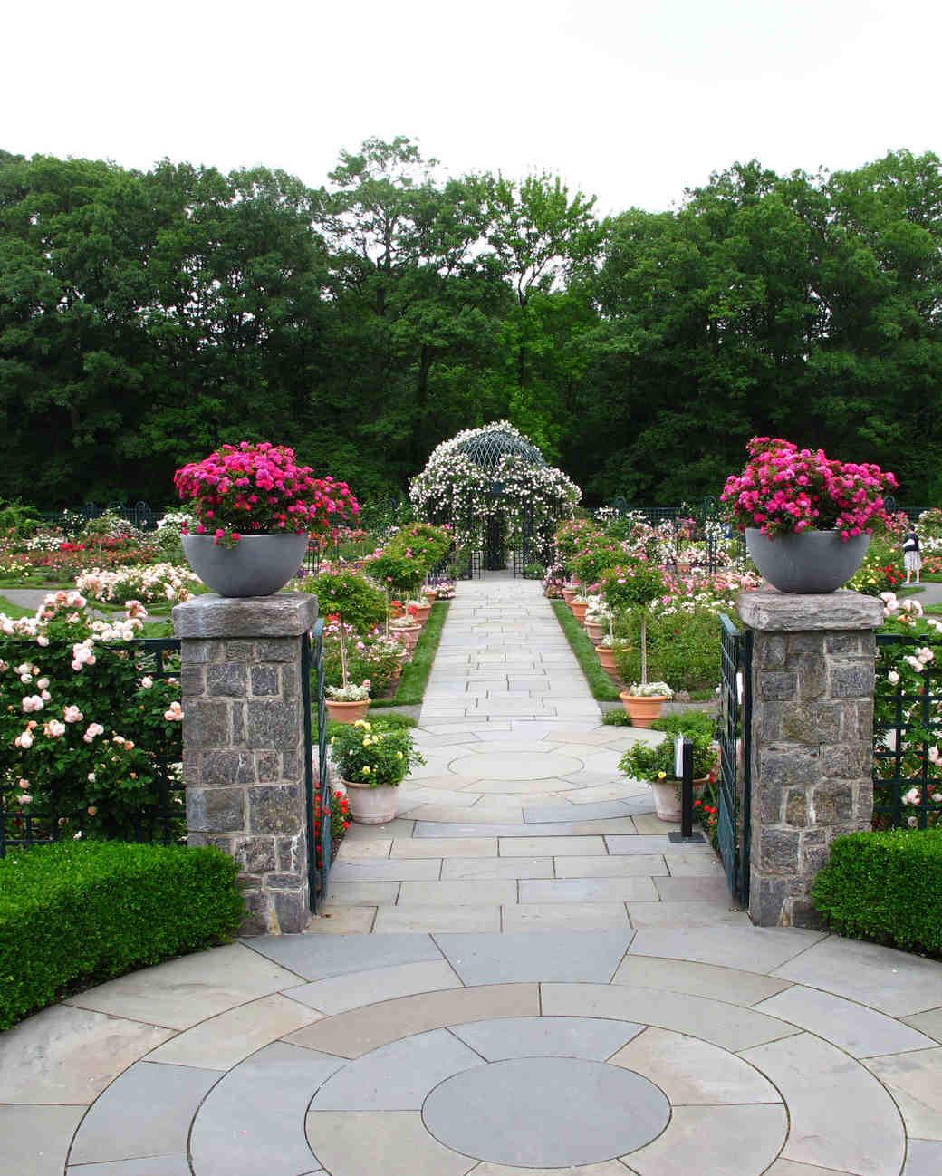 25 beautiful garden wedding venues martha stewart weddings - Botanical Garden Wedding