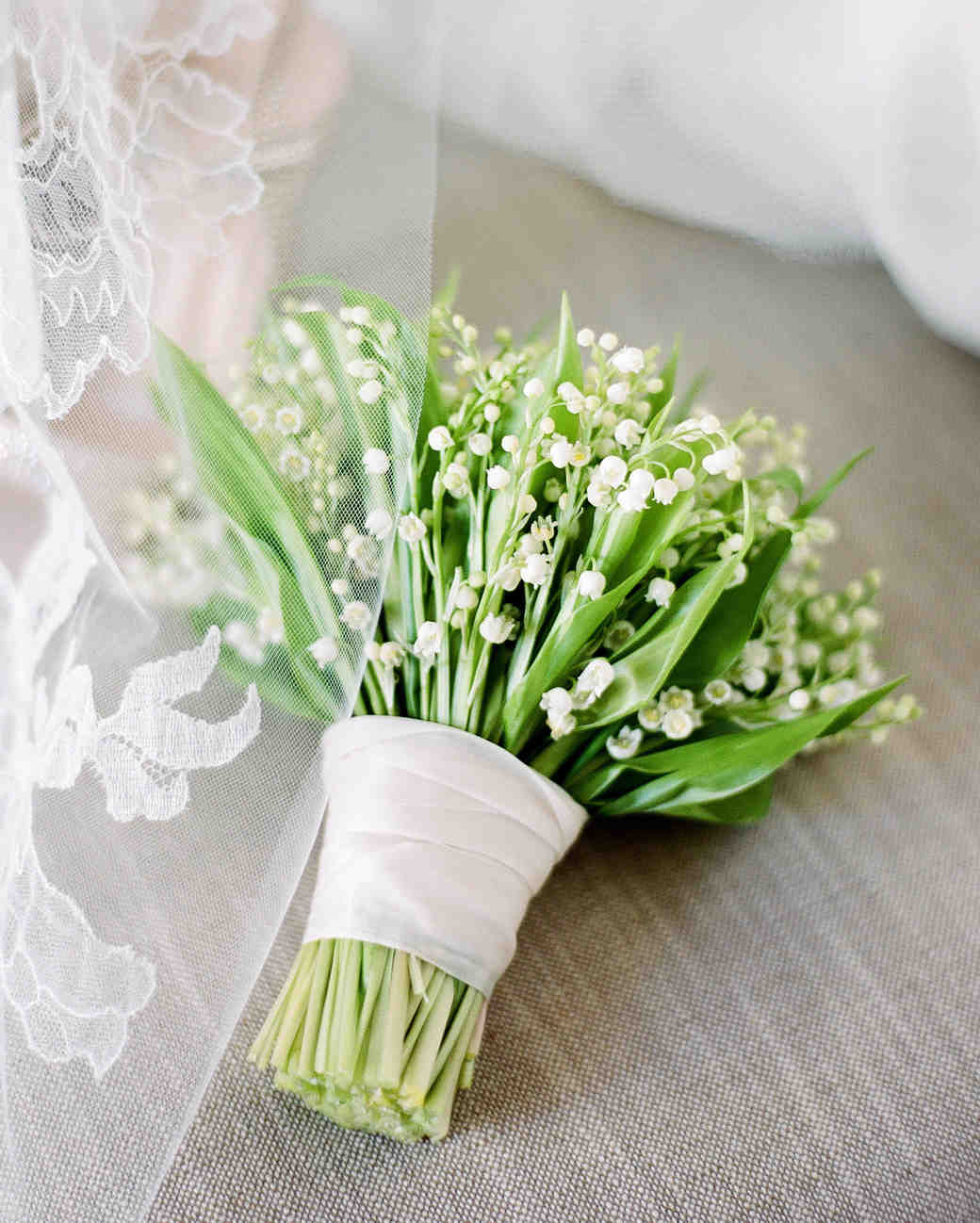 bouquet wraps ribbon green flowers