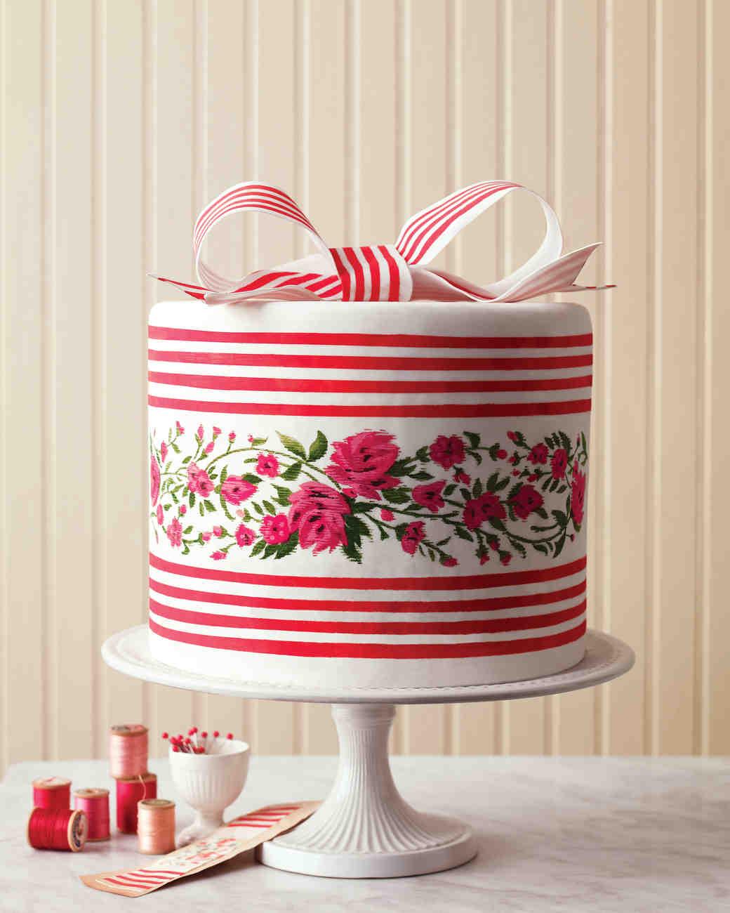 bow-cakes-mld105426-ikat-0515.jpg