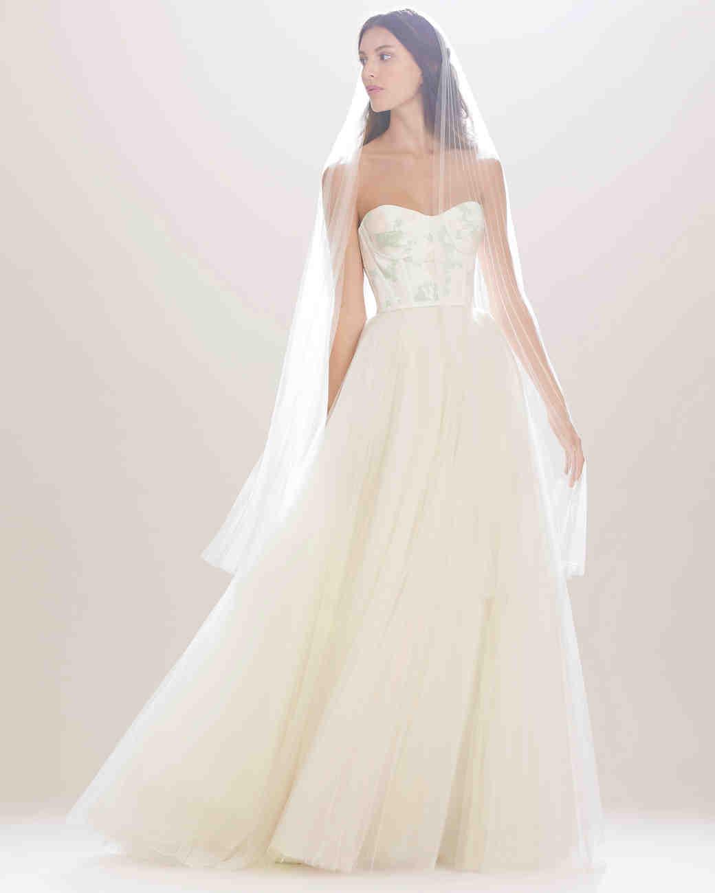 96 Fun Facts About Your Favorite Bridal Designers: Carolina Herrera Fall 2016 Wedding Dress Collection