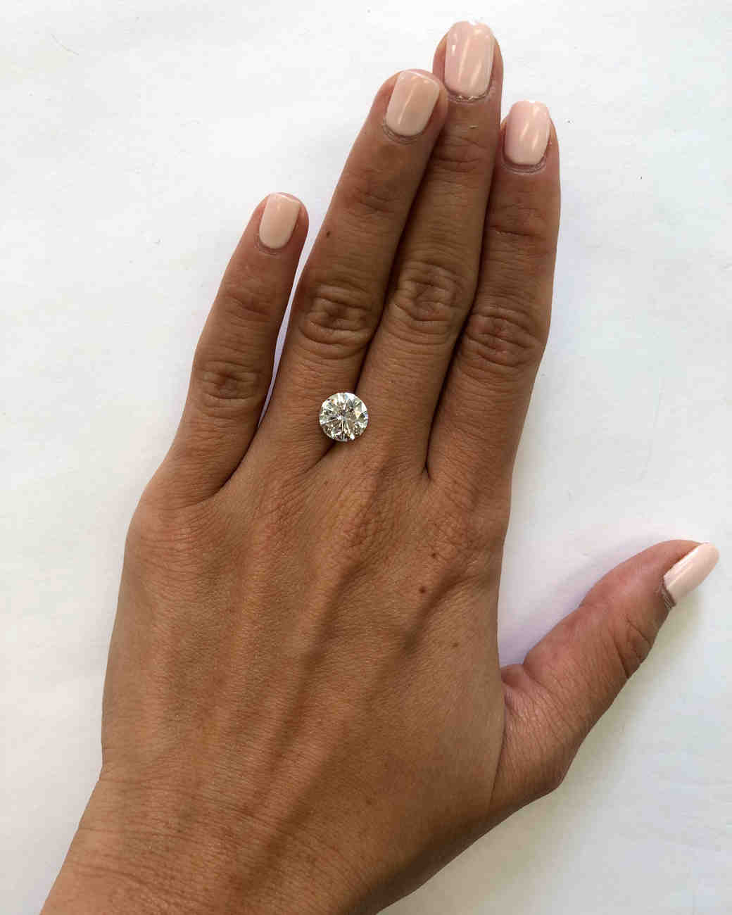 This Is What A Diamond Looks Like At Every Sizefrom 5 Carats To 10 Martha Stewart Weddings: Big Wedding Rings Princess Cut Rock At Reisefeber.org