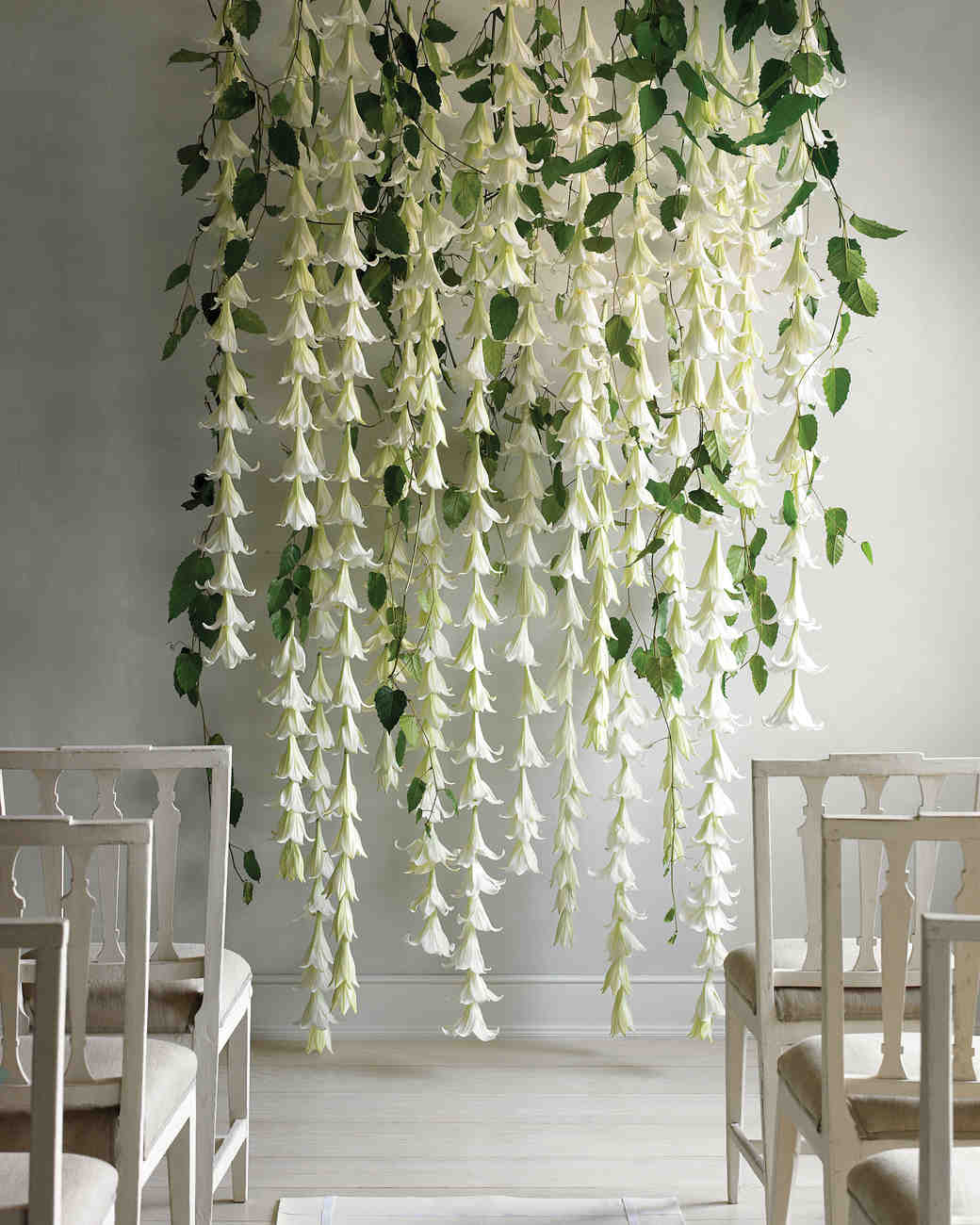 5 Spectacular Flower Walls To Inspire Your Own Wedding Backdrop Martha Weddings