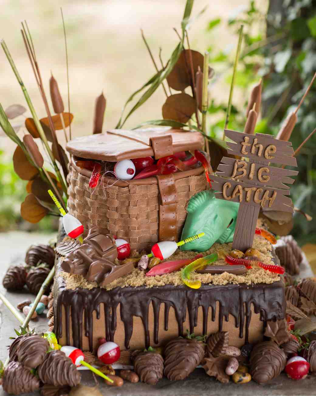 24 Unique Ideas For The Groom S Cake Martha Stewart Weddings