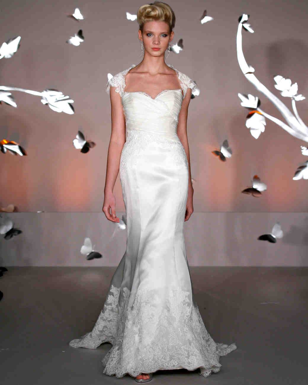 iconic-dresses-alvina-valenta.jpg