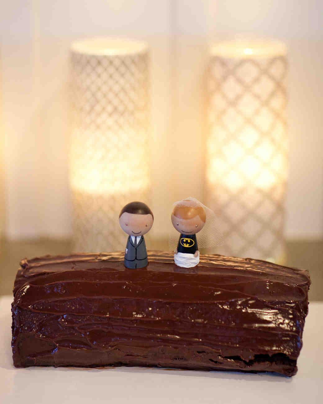 Grooms Wedding Cake Ideas: 20 Unique Groom's Cake Ideas
