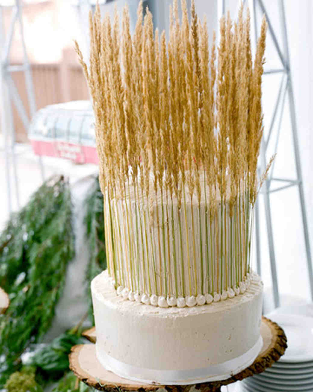 Wedding Cake With Wheat Stalks