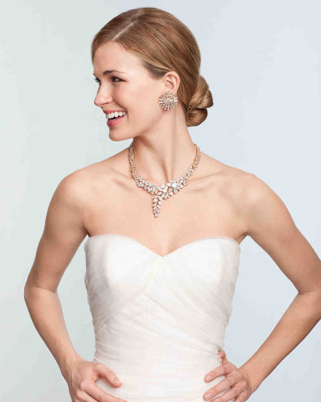 Bridal jewelry for every wedding dress style martha stewart weddings for a sweetheart neckline ombrellifo Gallery