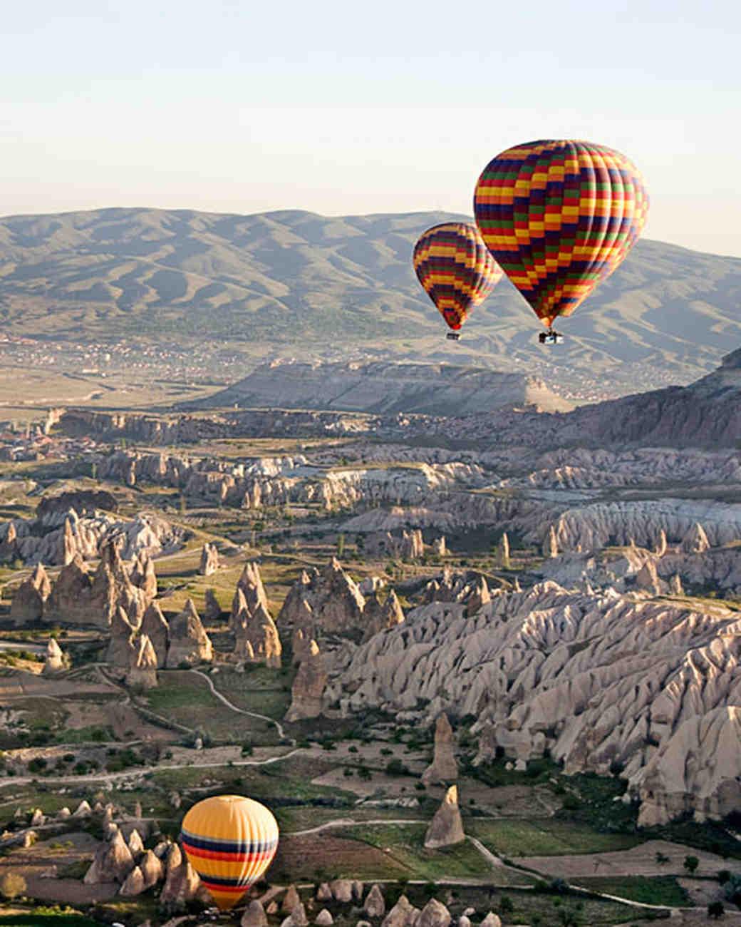 istock_13082927_hotair_balloon.jpg