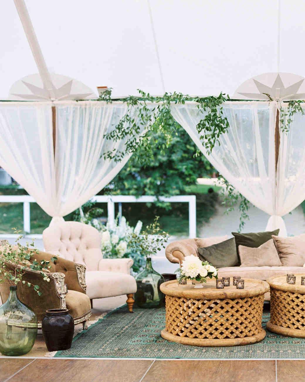 katie mike wedding lounge