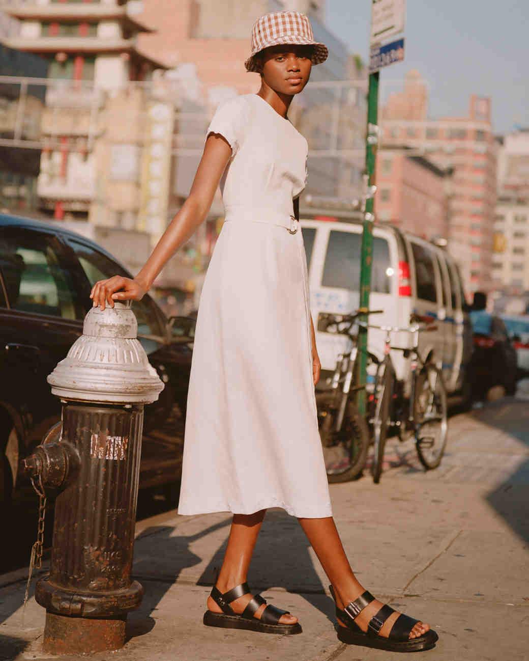 lein fall 2019 a-line tea length short sleeved dress with high neckline and belt