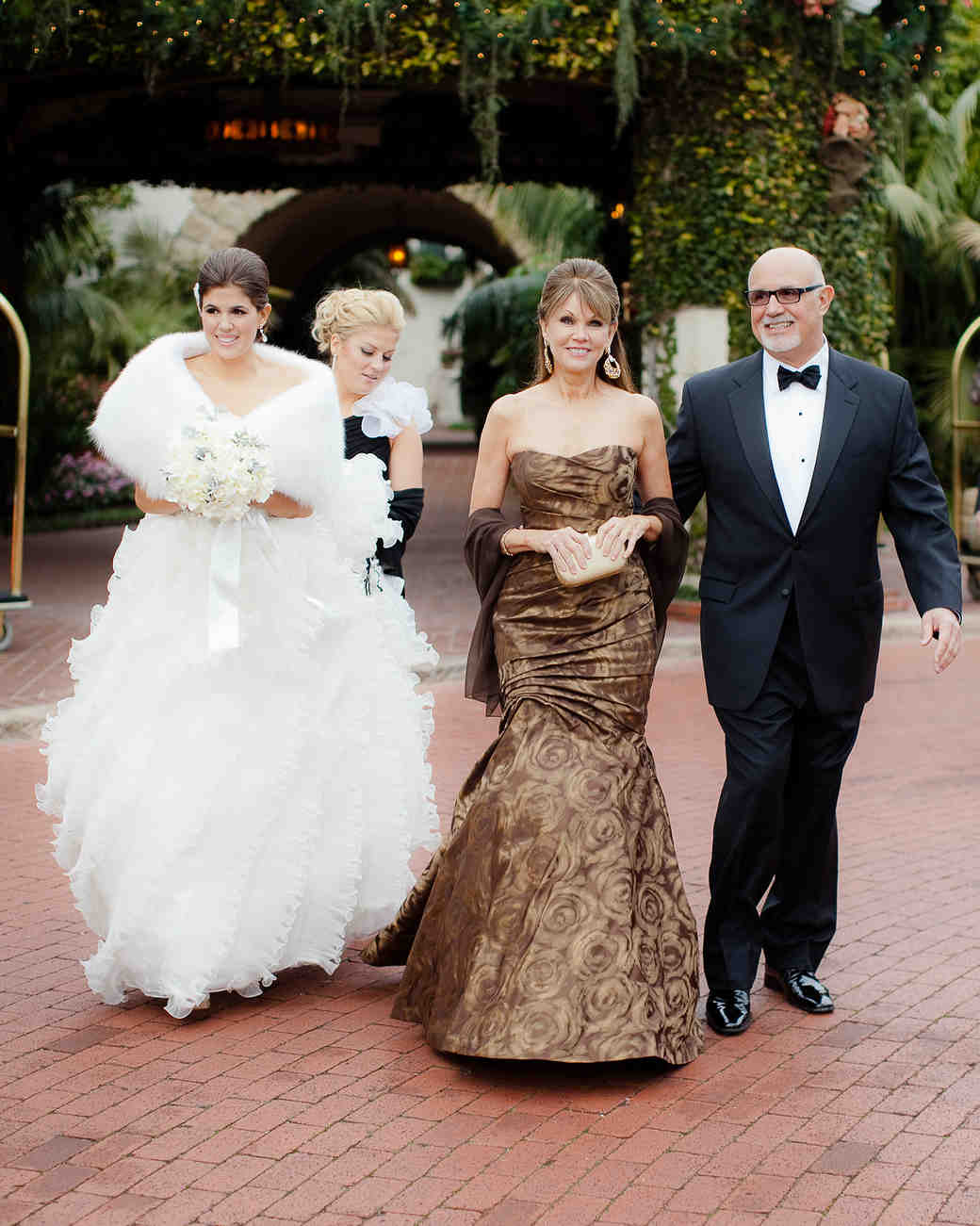 fb70156d8214 Mother-of-the-Bride Dresses That Wowed at Weddings