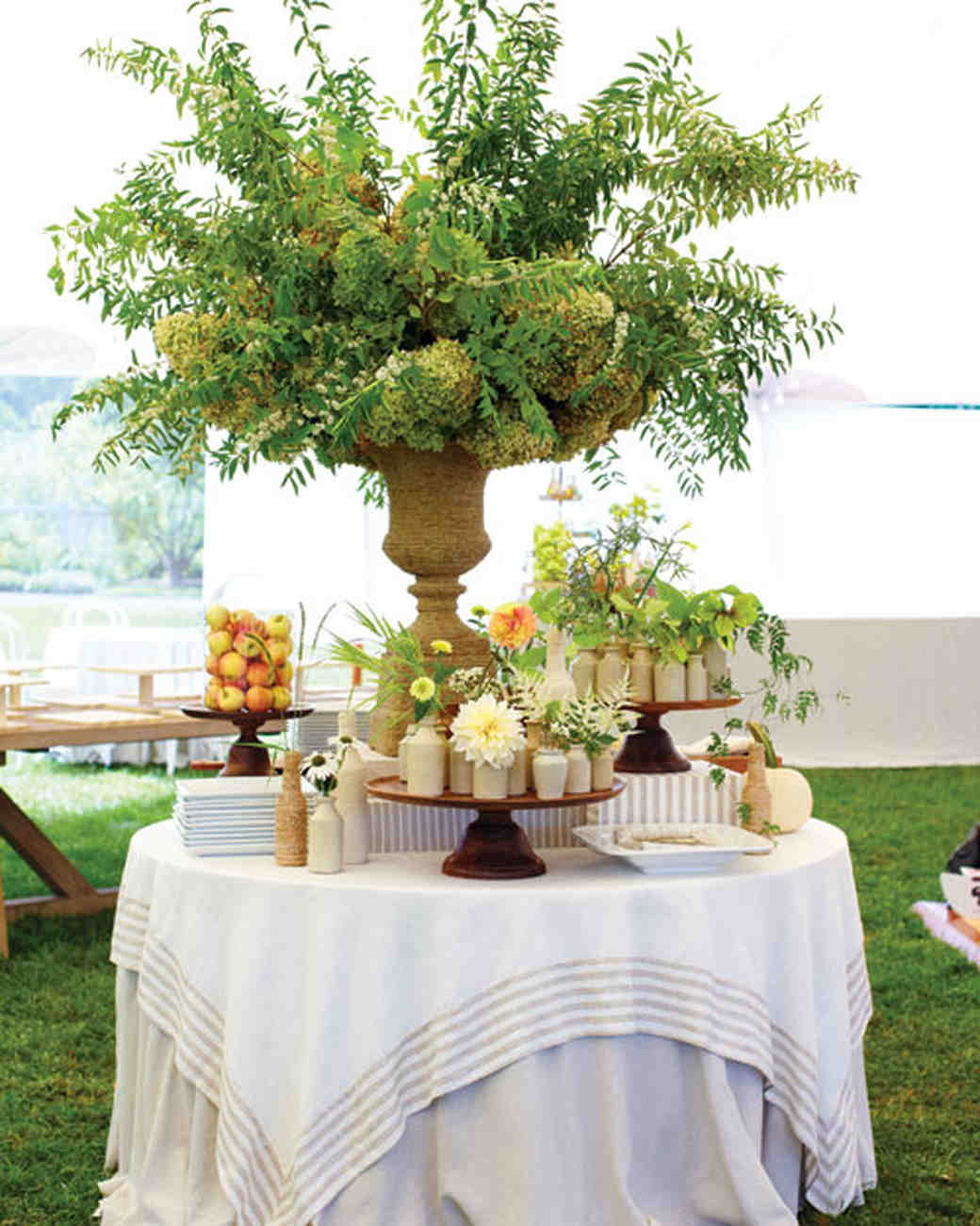 A Casual Outdoor Green Wedding In New York