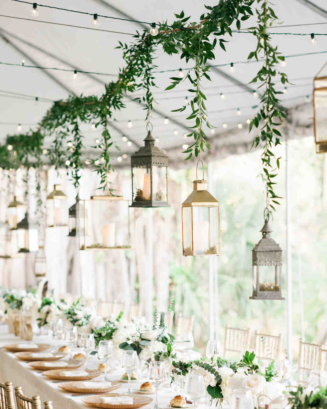Watch 9 IDEAS FOR UNIQUE (AND EASY) WEDDING CENTERPIECES video