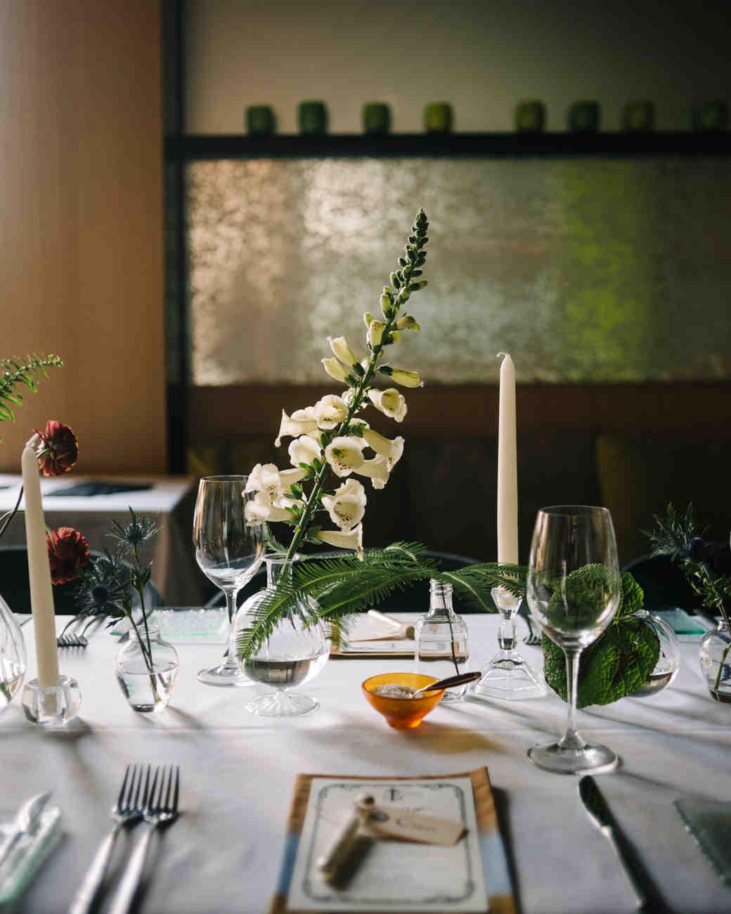 Modern wedding decor modern wedding centerpieces martha stewart weddings junglespirit Images