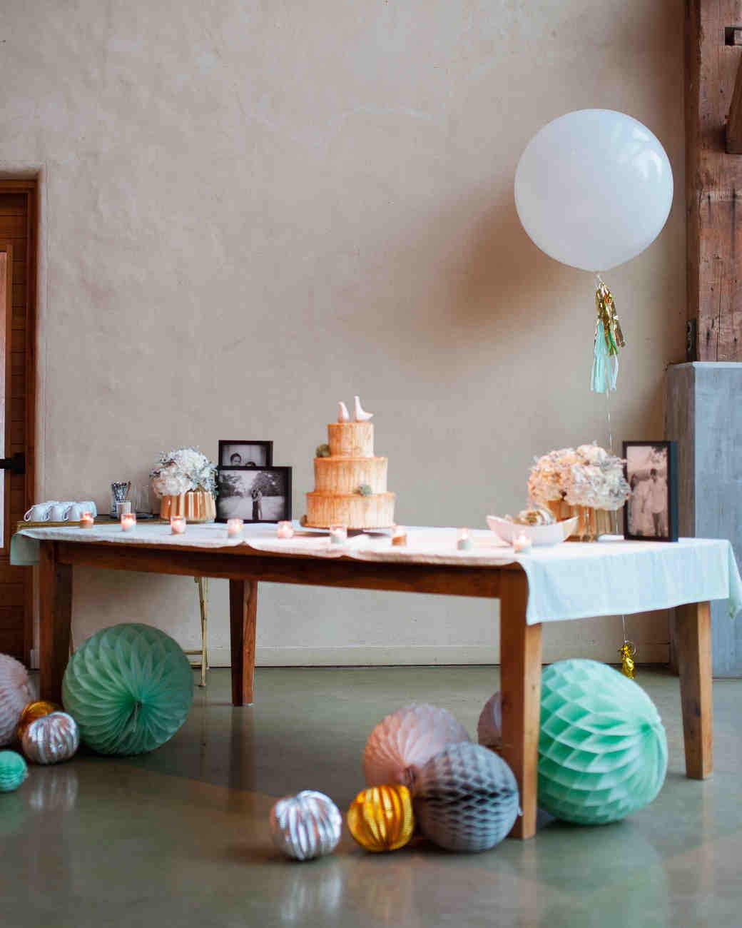 becky-derrick-wedding-cake-0714.jpg