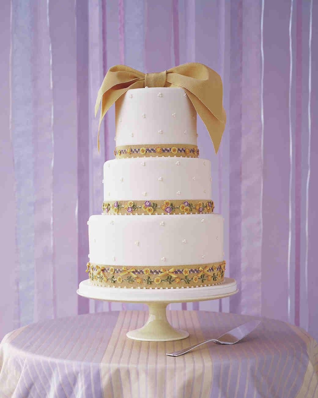 bow-cakes-mwa1100962-beige-0515.jpg