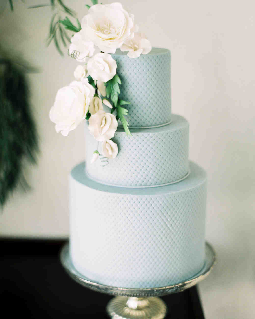 Wedding Cakes with Sugar Flowers That Look Incredibly Real | Martha ...