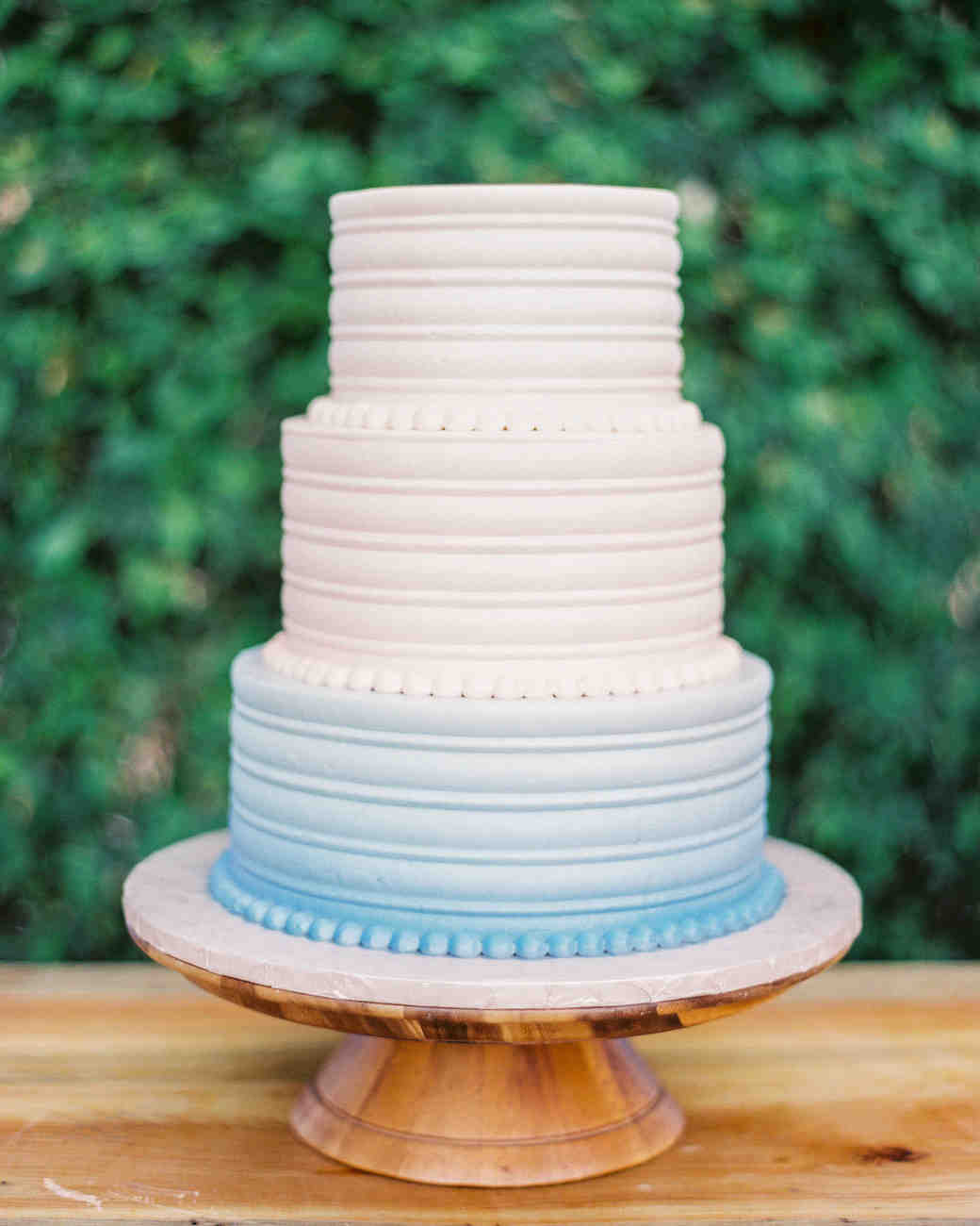 white blue ombre wedding cake