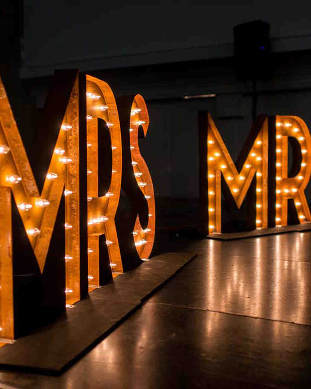 mr and mrs giant marquee letters with lights