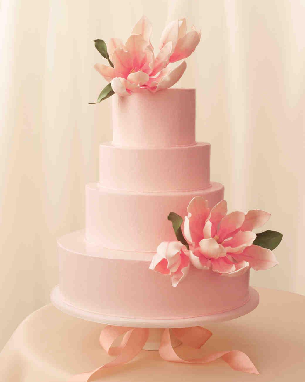 romantic-wedding-cake-mwd108277.jpg
