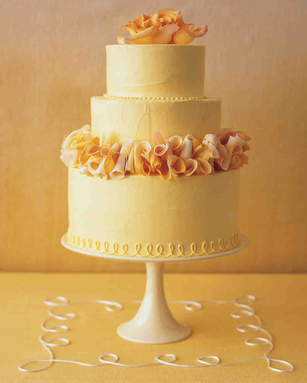 petal wedding cake white chocolate buttercream 18301