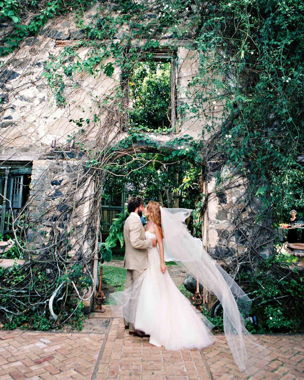 caitlin-loren-kiss-029-wds110278.jpg