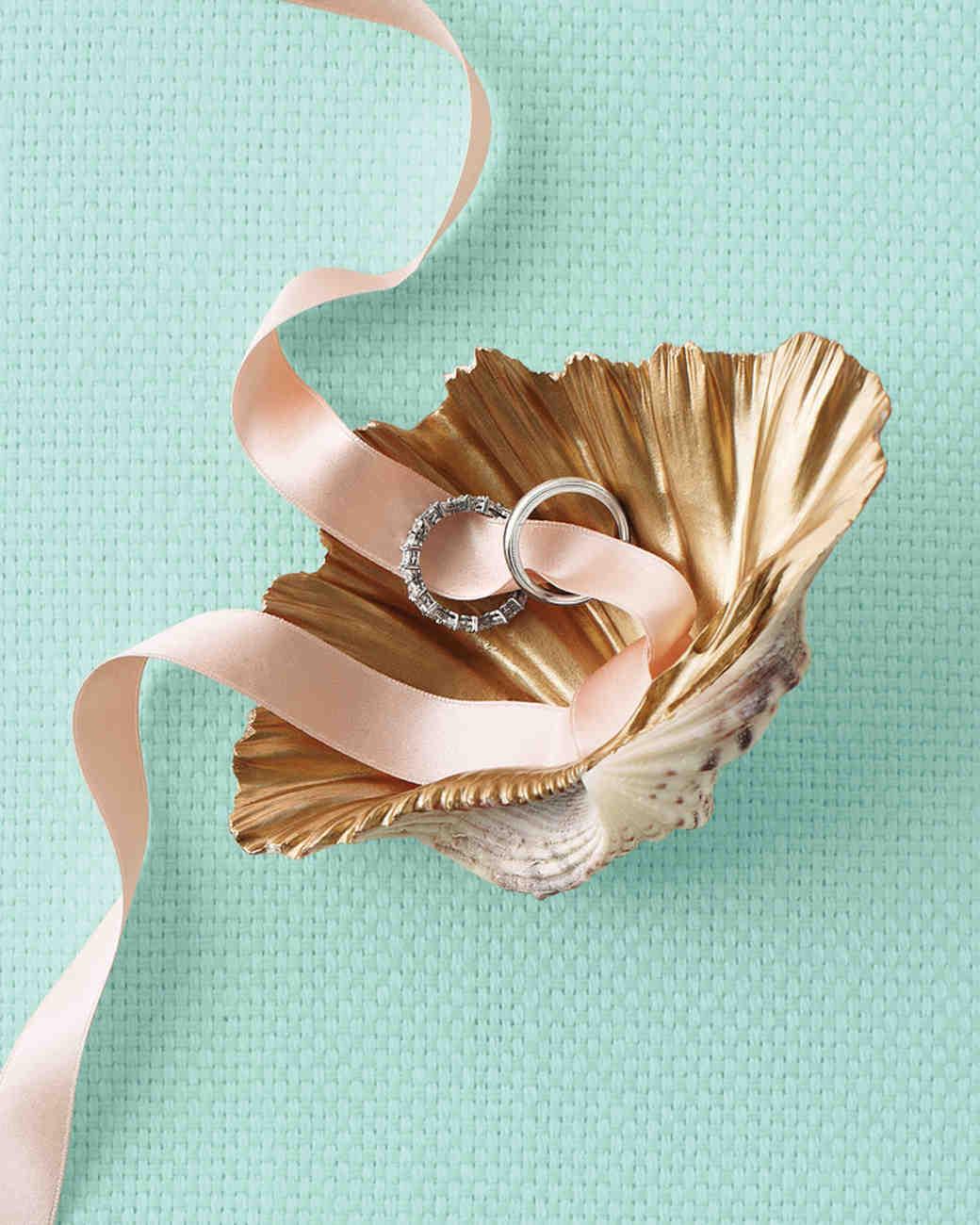 good-things-shell-ring-mwd108461.jpg