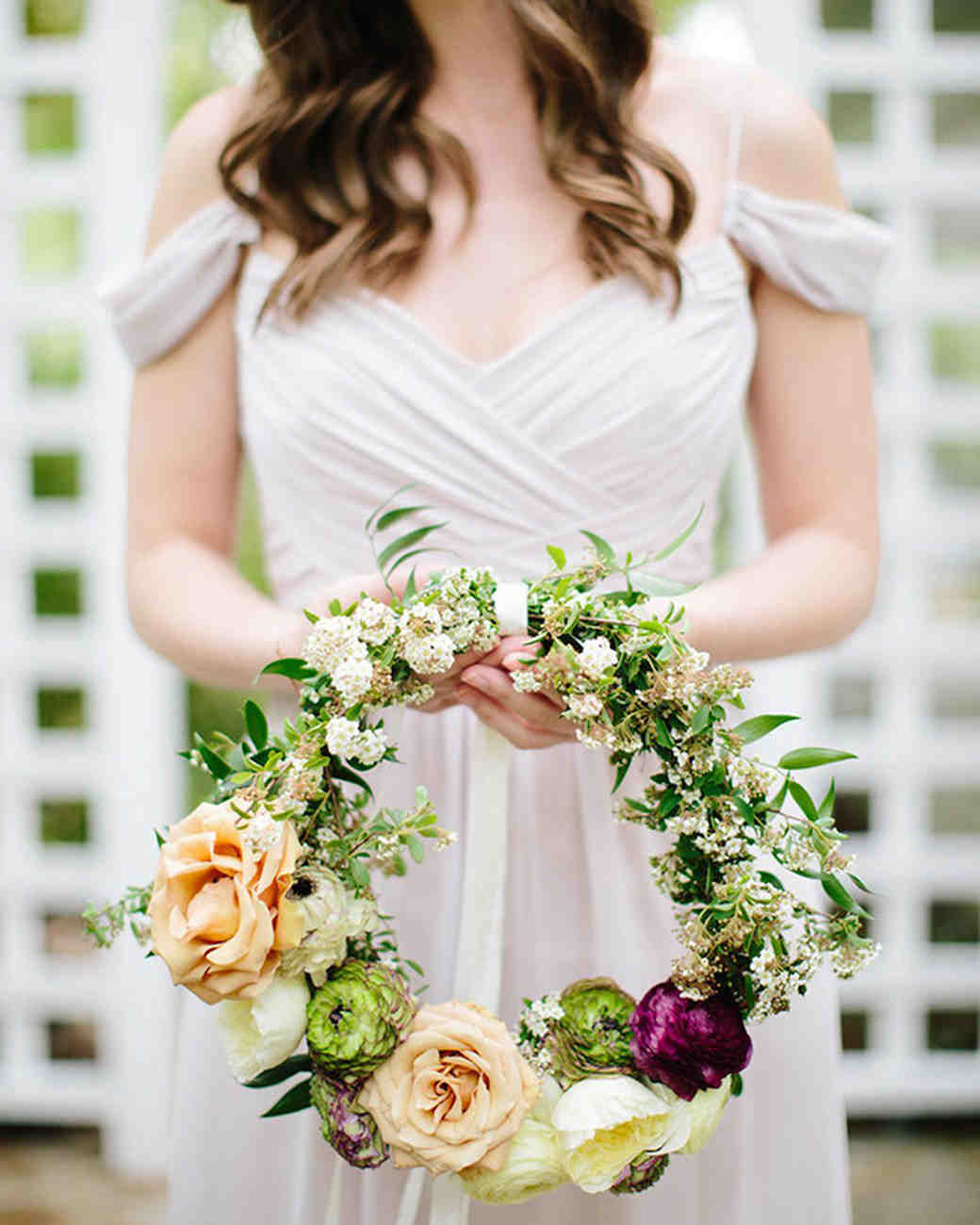 6aa2a6638 20 Hoop Bouquets Every Member of Your Bridal Party Will Love | Martha  Stewart Weddings