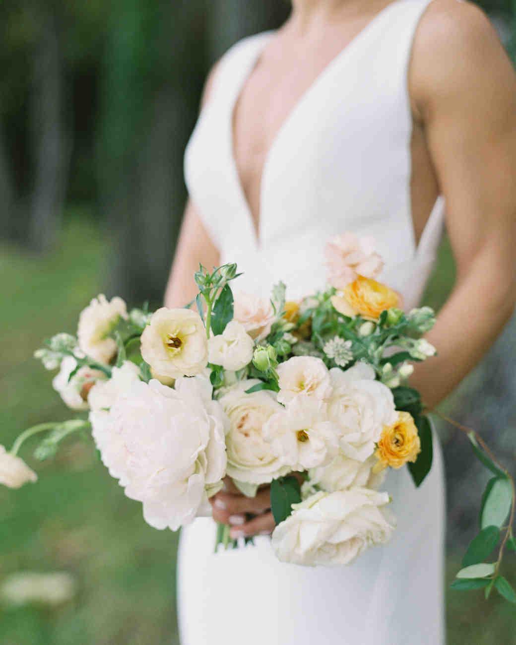 lauren alex wedding flower bouquet