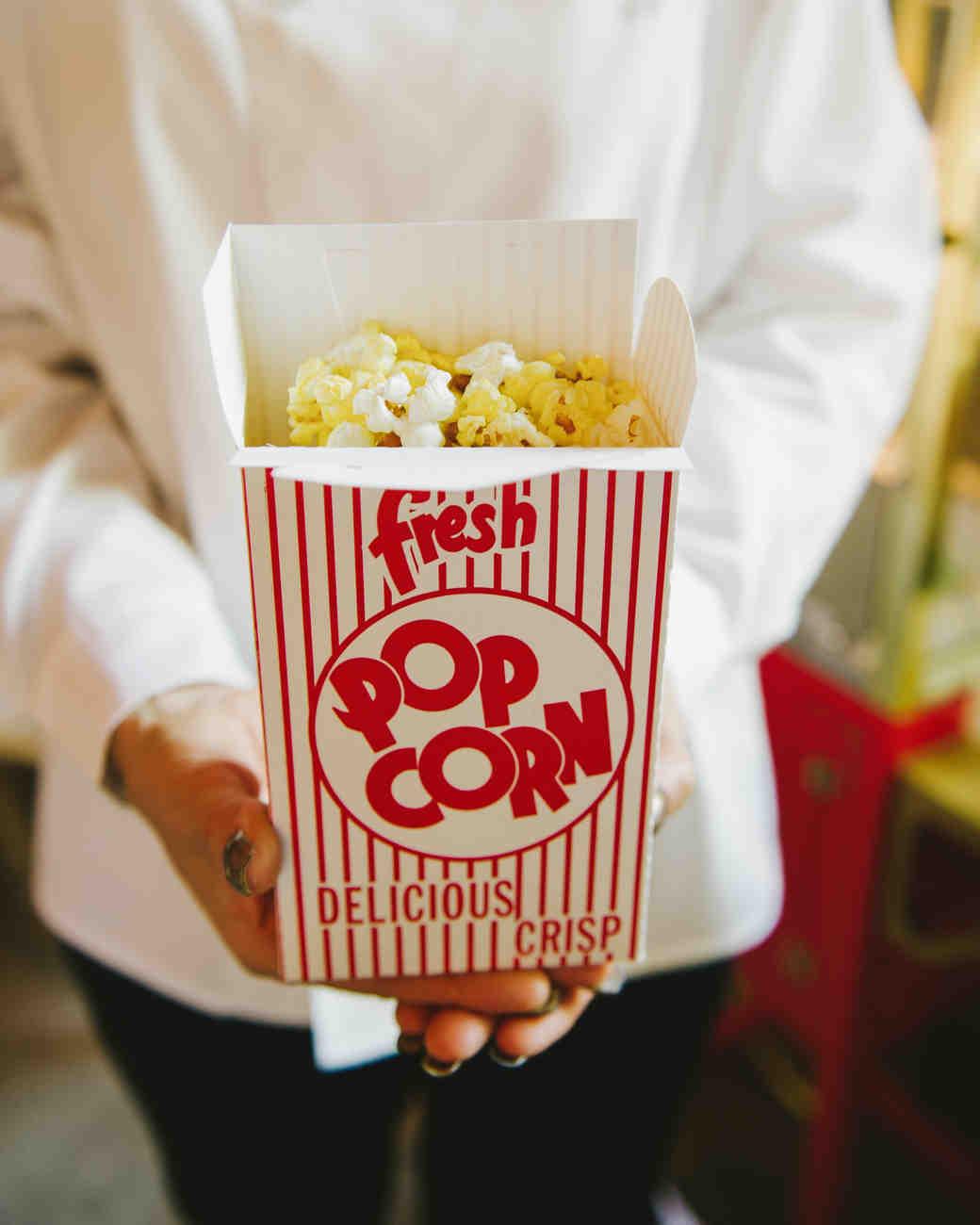 lauren-jack-wedding-popcorn-0314.jpg