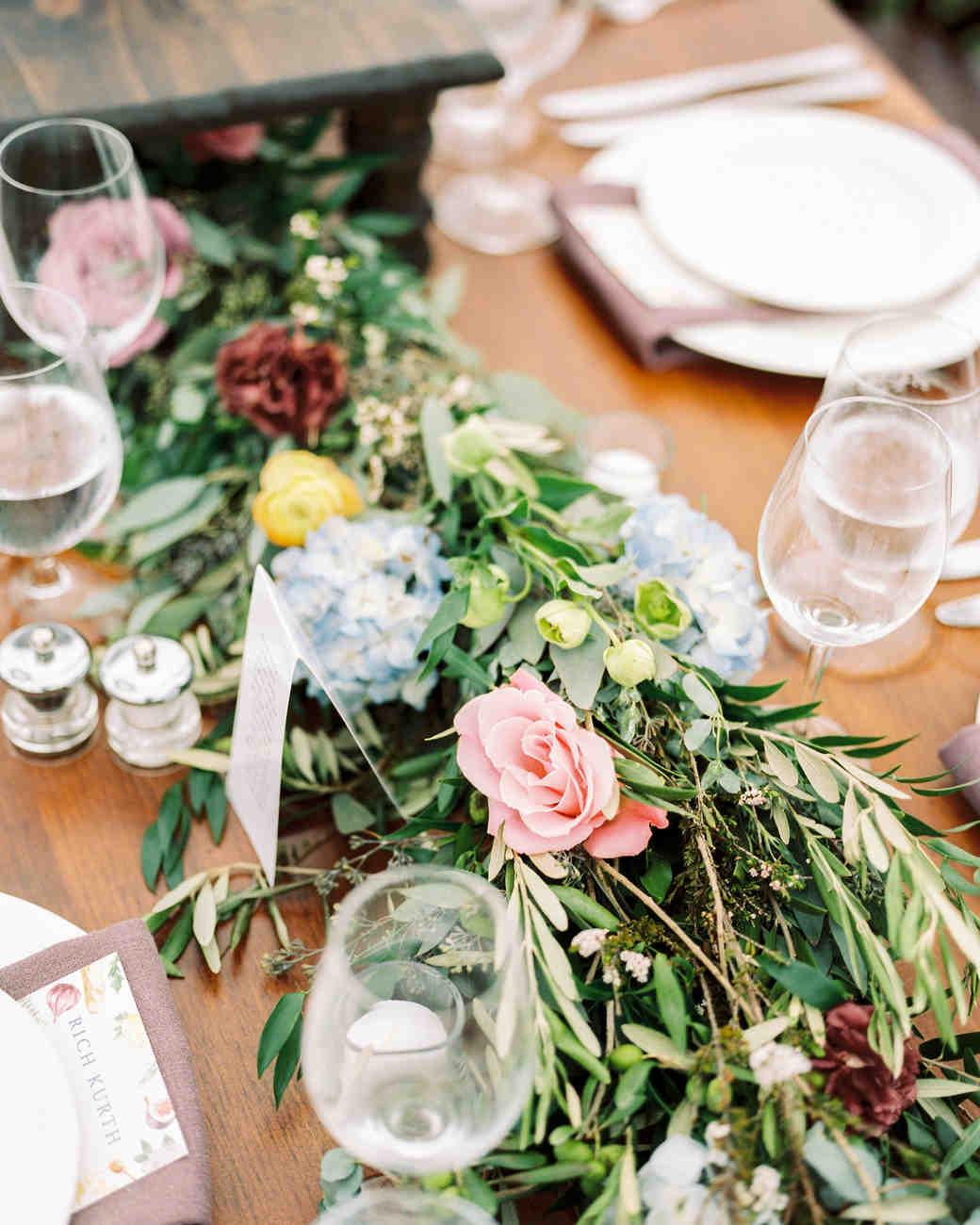 lauren josh wedding garland
