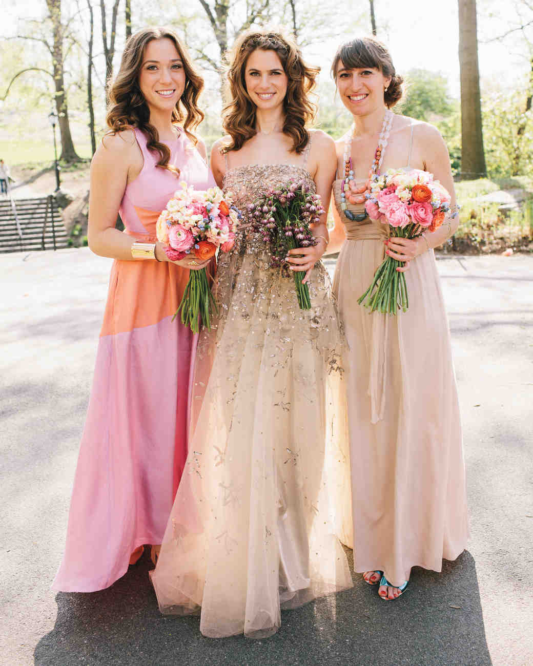 17 jewish wedding traditions for your big day martha stewart the shomer and shomeret ombrellifo Image collections