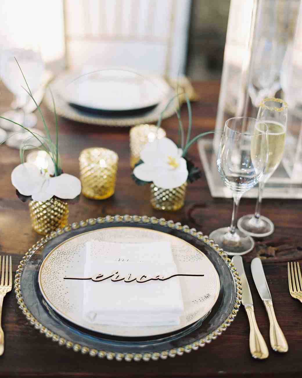Place Cards Ideas For Weddings: Wedding Place Cards That Are Truly Unique
