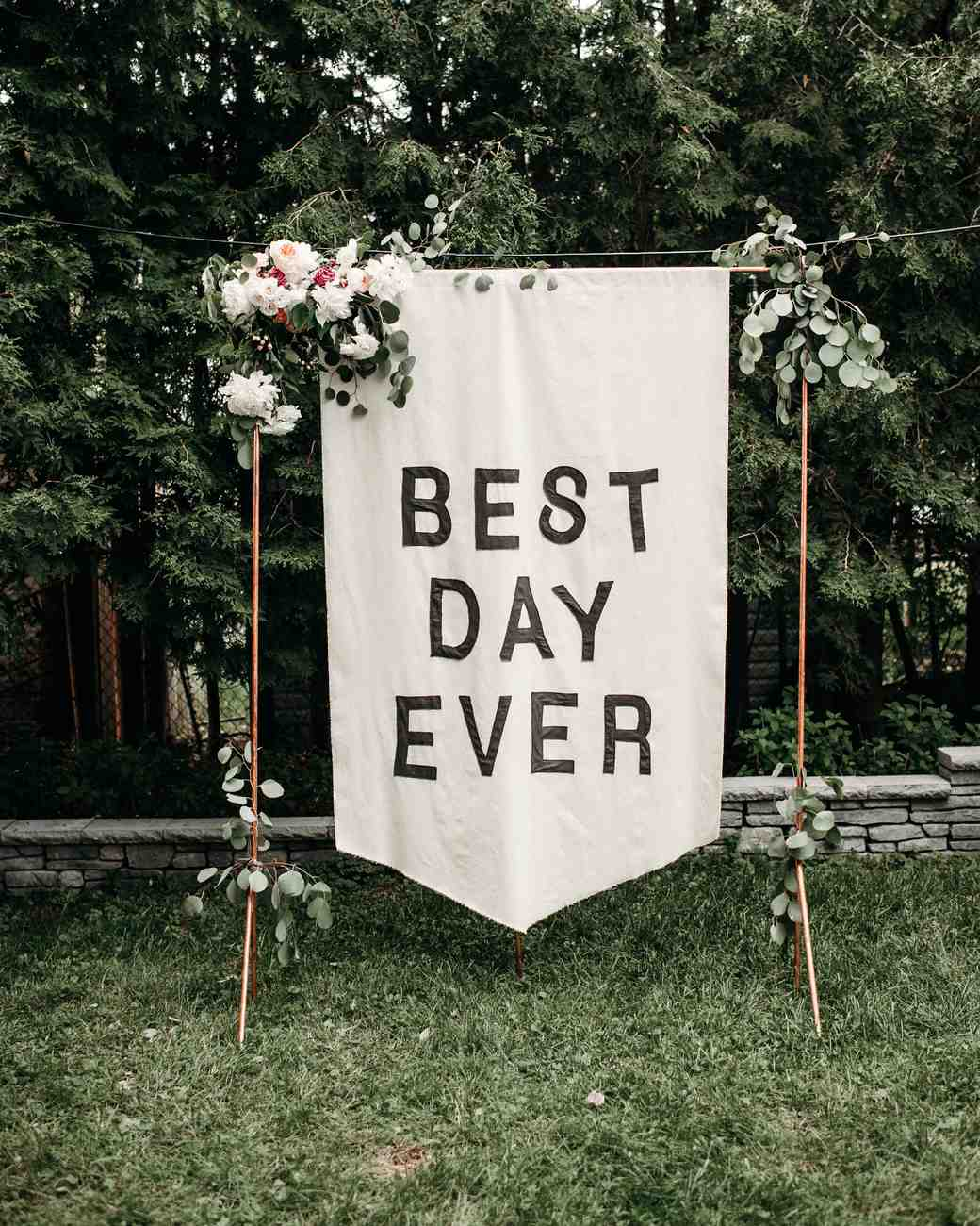 Good and bad signs for the wedding