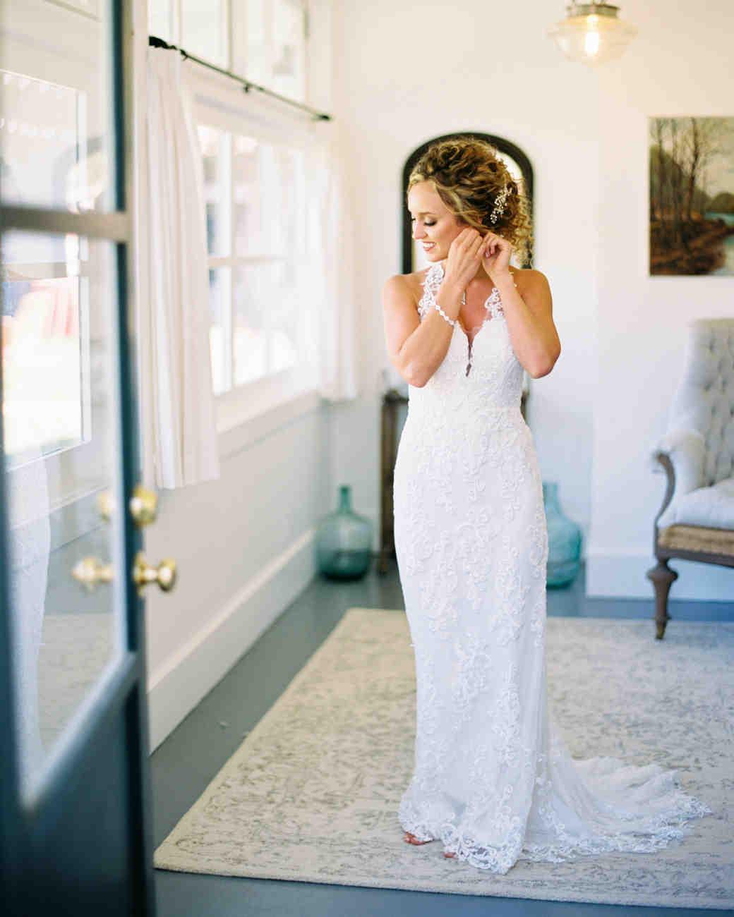 wedding bride modern lace wedding dress